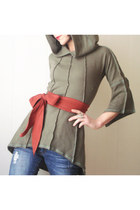 olive green iheartfink top