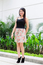 Black-top-light-blue-gtw-skirt-black-so-fab-heels-salmon-accessories