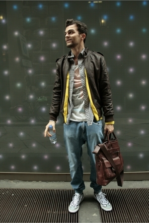 Alessandrini jeans - Pull & Bear t-shirt - blazer