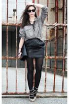 black Thomas Burberry skirt - dark khaki tiger og sweden shirt