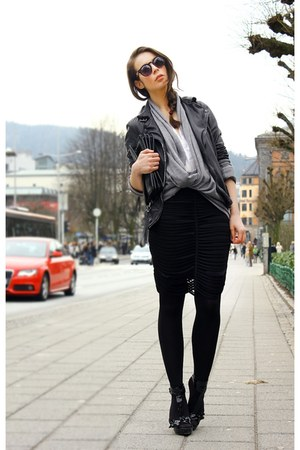 black muuba jacket - heather gray H&M sweater - dark brown Illesteva sunglasses