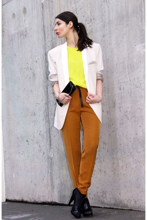 yellow H&amp;M Trend top - cream Lanvin for H&amp;M blazer - black Accessorize bag