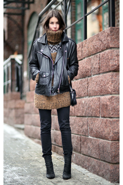 dark khaki Dolce&Gabbana sweater - black Diesel jeans
