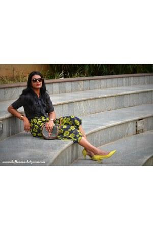 Vero Moda glasses - Zara heels - Max fashions blouse