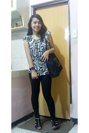 thrifted leggings - Gaisano Mall top - thrifted shoes - Chanel accessories