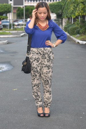 Michael Kors purse - Forever21 necklace - warehouse pants - Zara top