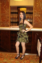 army green Jessica McClintock dress - black Steve Madden heels
