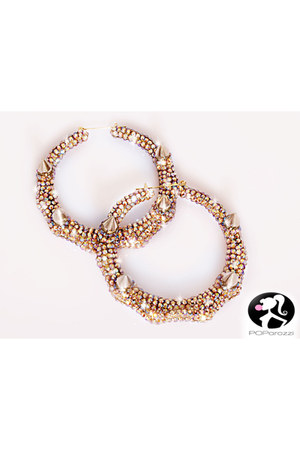 Poparazzi earrings