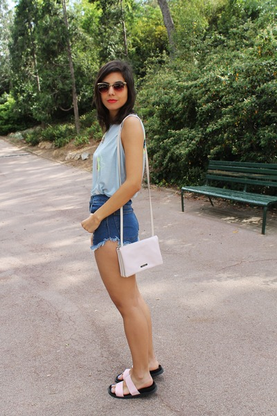 Zara t-shirt - Bershka bag - Zara sandals