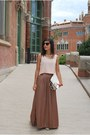 Local-store-top-pull-bear-skirt-born-pretty-store-necklace
