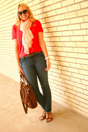 Zara scarf - Forever 21 jeans - Forever 21 shirt - Urban Outfitters bag