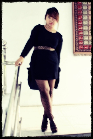 black IM modis blouse - IM modis belt - amante shoes