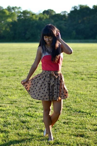 bronze PERSUNMALL skirt - red Forever 21 dress - gold eFoxCity necklace