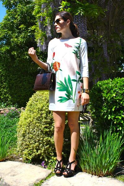 floral garden H&M dress - crocodile vintage bag - suede Prada heels - Hermes bra