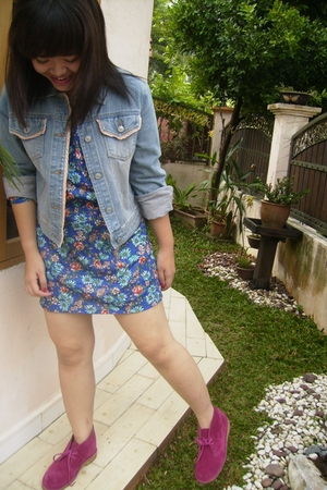 vintage jacket - vintage dress - clarks original boots