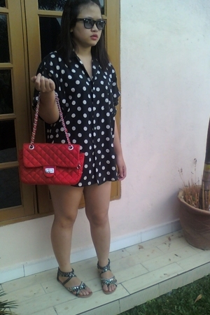 vintage blouse - Vincci shoes - vintage purse