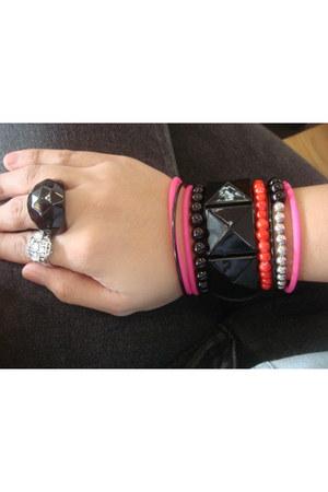 random brand bracelet - Jag jeans - Aldo ring - heirloom ring - Topshop top