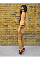 beige jeans - beige shoes - red shoes