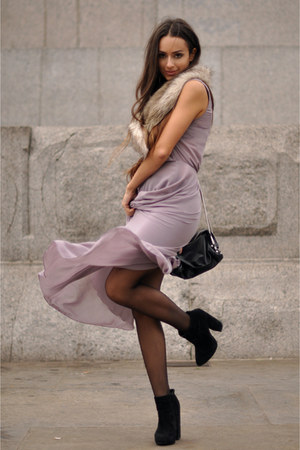 faux fur collar H&M scarf - suede ankle asos boots - Love dress