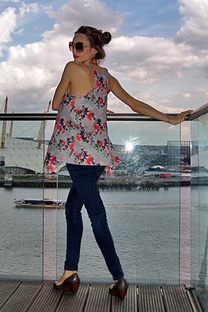 gray Zara shoes - skinny Topshop jeans - gray Zara purse