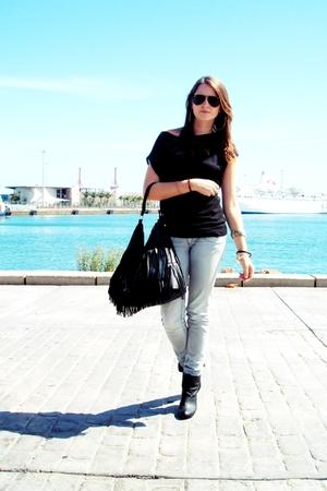 H&M shirt - Stradivarius jeans - Zara boots - H&M accessories