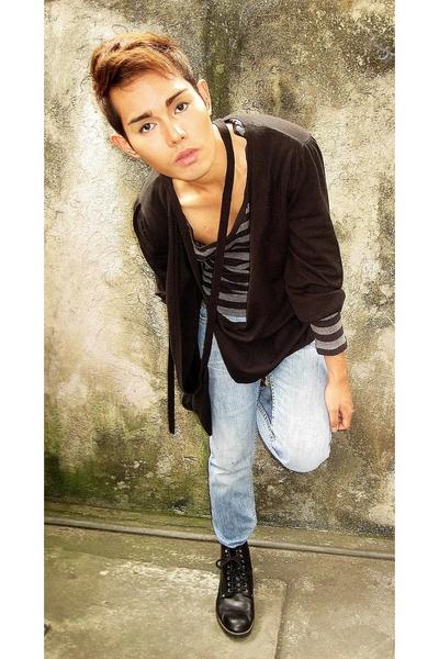 random from Hong Kongrom Hong Kong sweater - Gap shirt - Zara pants - doc marten