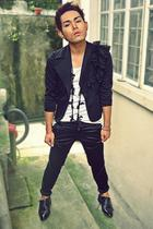 black vintage necklace - black Stage of Playlord shoes - black YEP blazer
