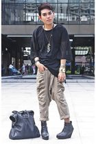 black hongkong shirt - beige hongkong pants - black soule boots - black thrifted