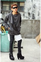 black Five By Five boots - black Oxygen jacket - white Fruit of the Loom shirt -