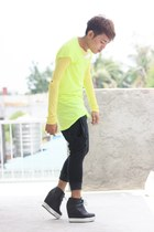 yellow Helmut Lang t-shirt - light yellow Kawaii shirt - black pants