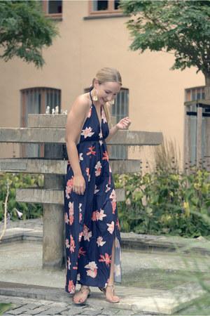 Newchic dress - Ralph Lauren sandals