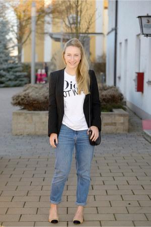 Zara blazer - Batoko t-shirt - Zara pumps