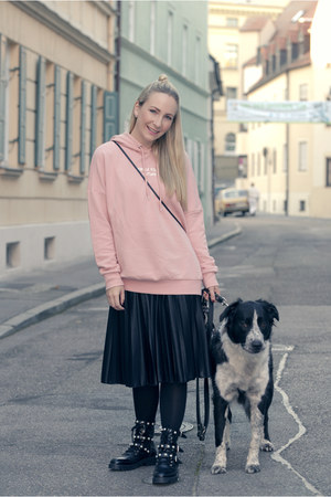 Zara boots - H&M sweater - Vero Moda skirt
