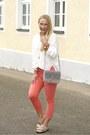 Zara-jeans-sammydress-bag-anne-chen-blouse-white-mountain-flats