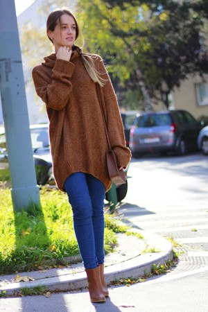 tawny H&M sweater - tawny Deichmann boots - bronze H&M bag