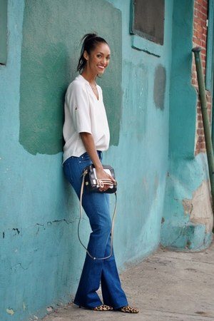 white silk top elle lauri top - mother jeans - combo leather botkier bag