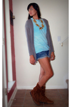 Kimchi&Blue sweater - American Apparel t-shirt - Minnetonka boots - Forever 21 s