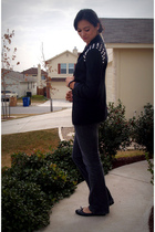 black savers blazer - gray American Eagle jeans - beige American Apparel t-shirt