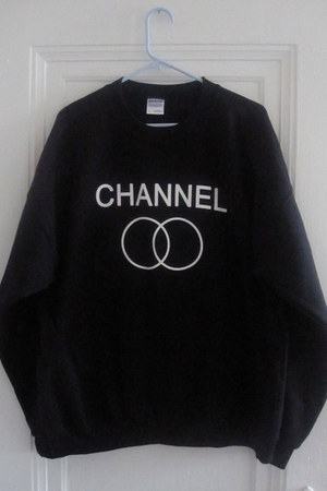 black indiegoespop sweatshirt