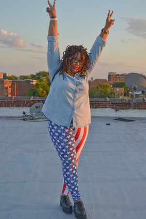 black platform TUK shoes - red american flag Ping Ping leggings