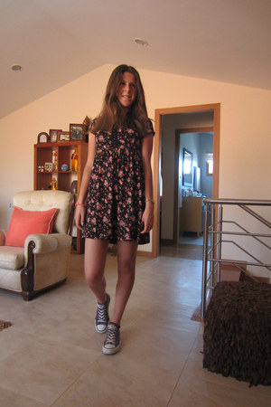 pull&bear dress - deep purple Converse sneakers