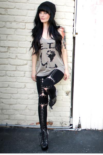 lita spike Jeffrey Campbell boots - Style Stalker leggings
