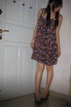 Zara Flowery dress - Charles & Keith shoes - Topshop pearl bracelet