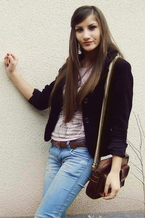 brown bag - black coat - jeans - light pink t-shirt - brown belt - ring