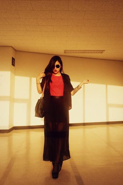 black DKNY shirt - black Topshop bag - black ray bay sunglasses