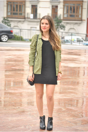 Pull and Bear shoes - H&M dress - Lefties shirt