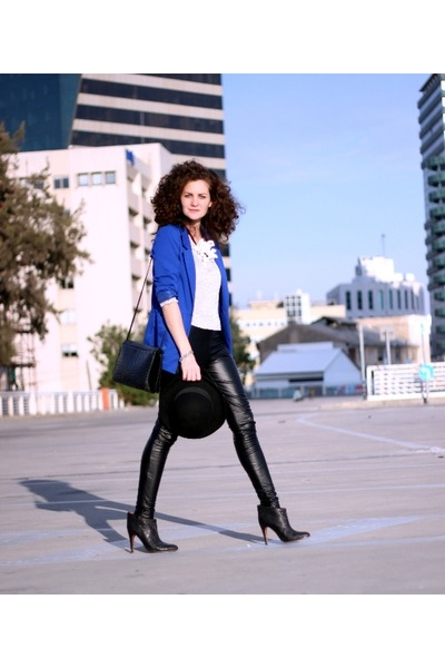 blue fashion H&M blazer - black leather Topshop tights - Marni necklace