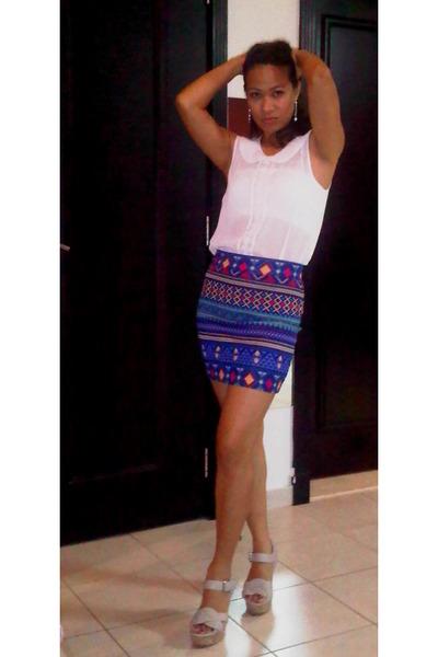 Mini Skirt Forever 21 Skirts, H&M Blouses, Beige Colour Charles ...