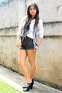 White-random-brand-top-black-wagw-shorts-michael-kors-by-best-finds-thrifts