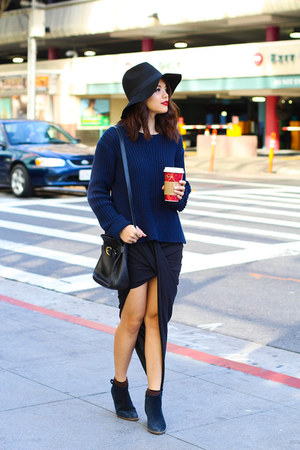 navy madewell boots - black Urban Outfitters hat